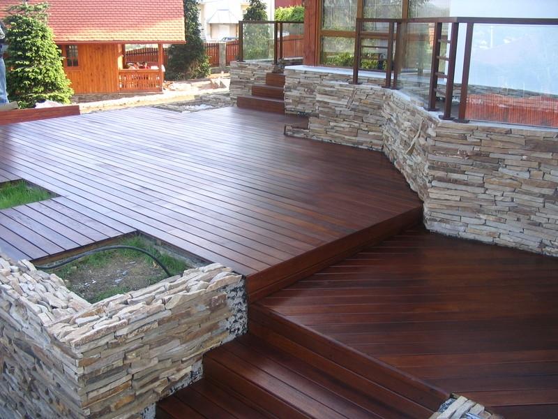 Pardoseli exterioare pentru terase balcoane si borduri de for Amenajari piscine exterioare