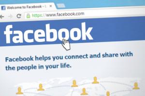 Cum schimbă regulile jocului în social media pentru PR-iști și marketeri restructurarea news feed-ului Facebook?
