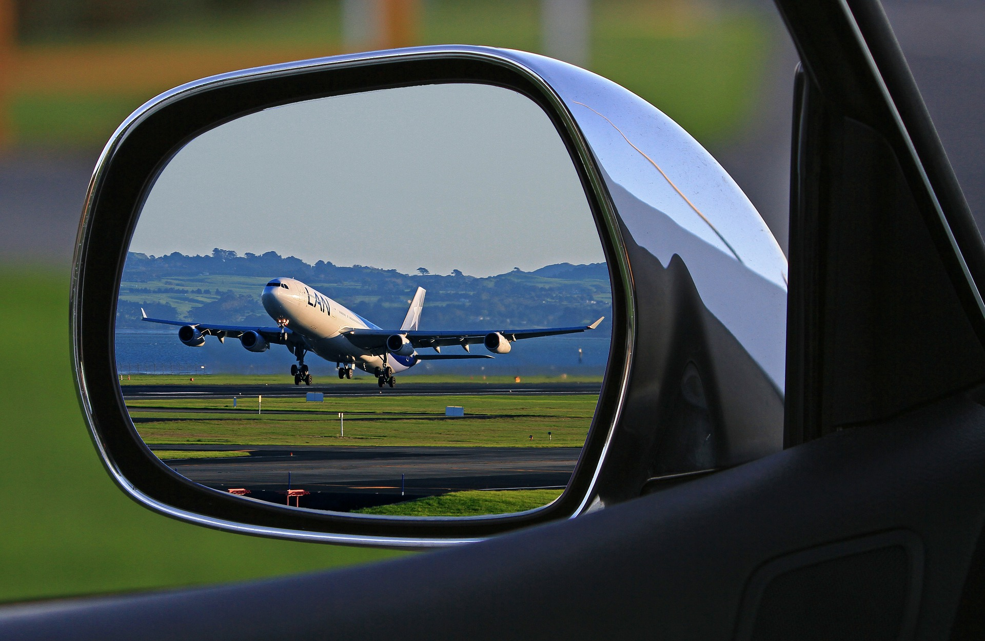 inchirieri masini din aeroport Craiova