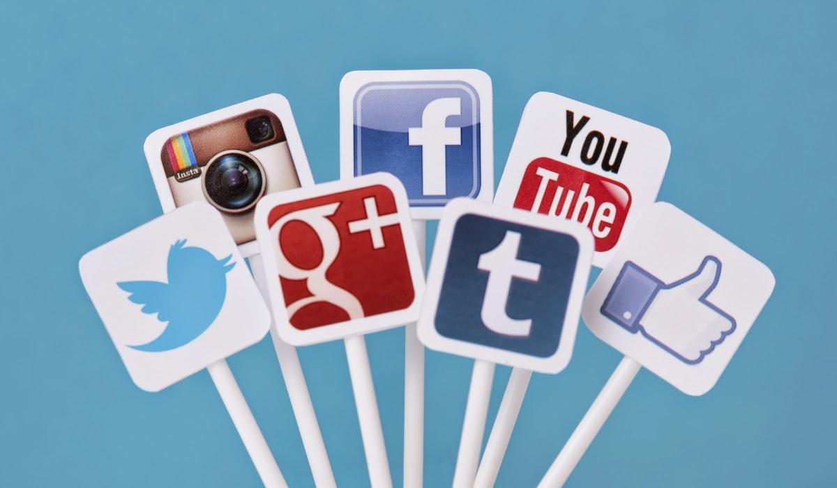 expert social media