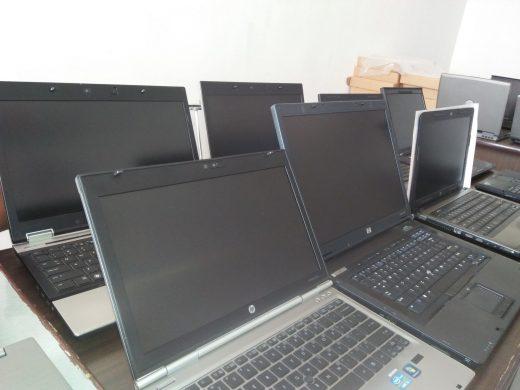 Idee de afaceri cu laptopuri, telefoane si calculatoare defecte – Amanet electronice