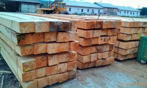 Traverse lemn