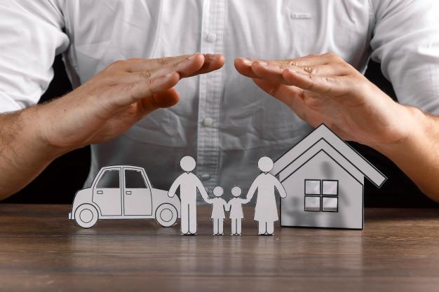 asigurare rca, locuinta sau de calatorie