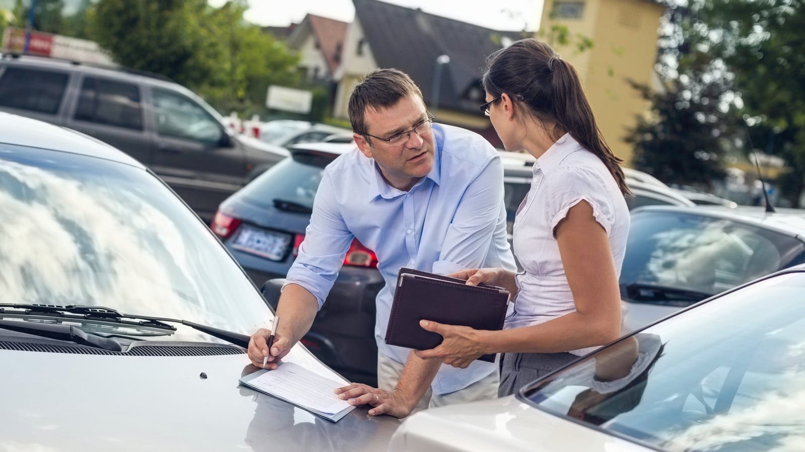 servicii constatare dauna auto