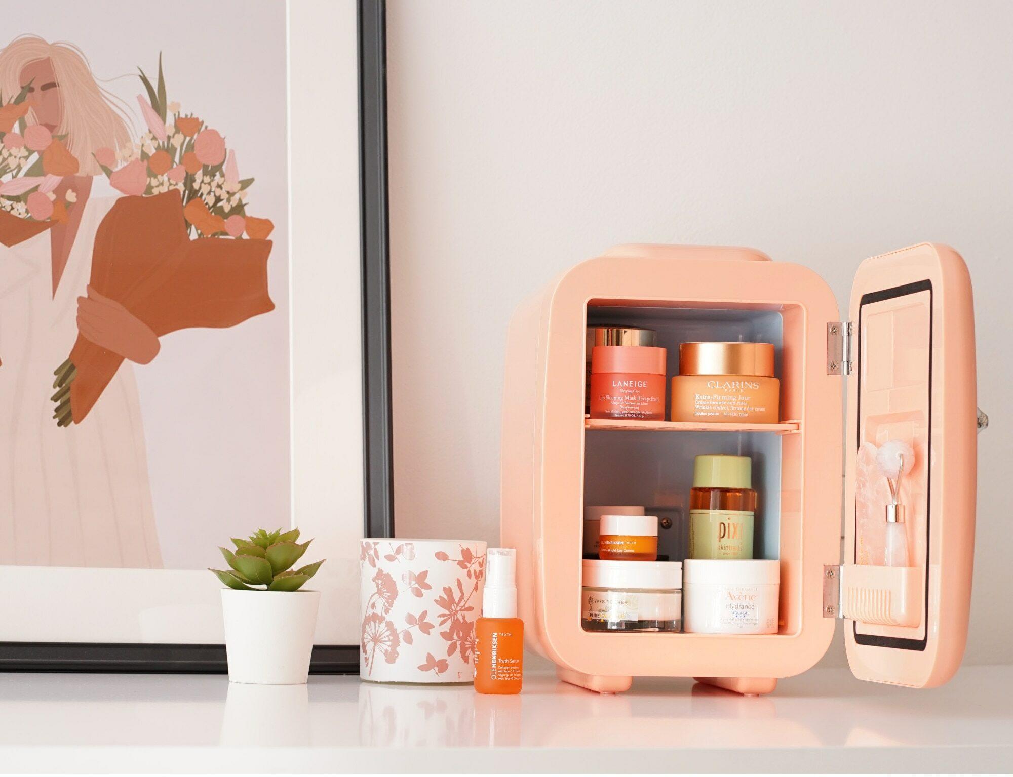 Cele mai bune mini frigidere cosmetice