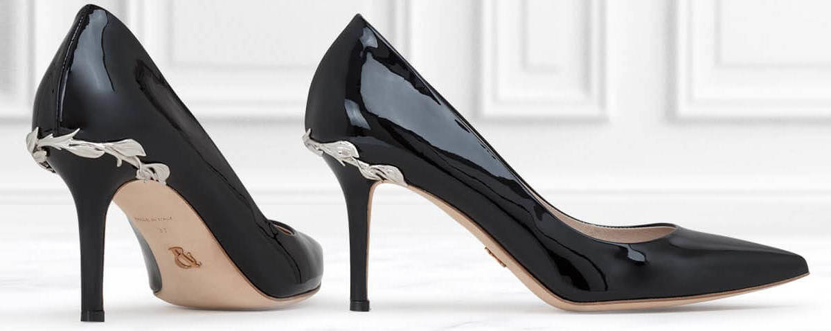 Pantofi cu toc de la zeci de magazine online pe PantofiCuToc.ro